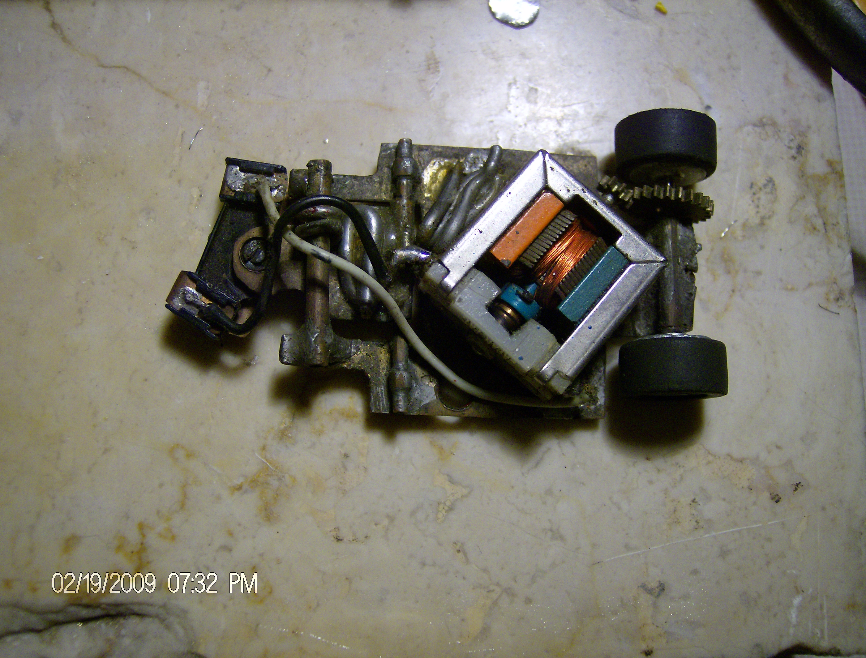 [R-M%20chassis%20003]